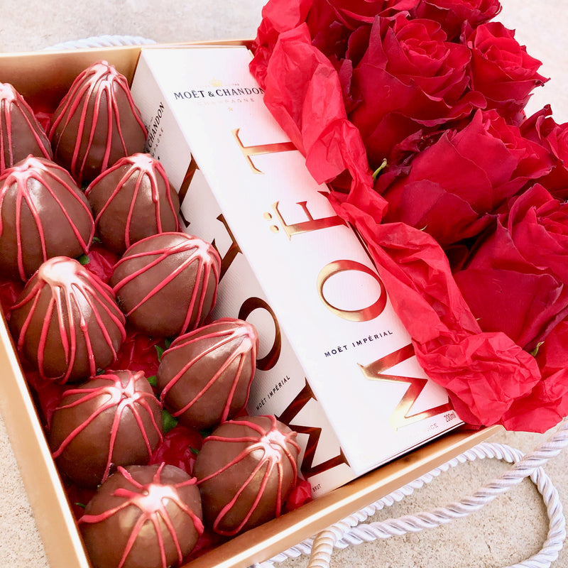 Chocolate Strawberries, Moet & Roses Gold Box