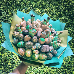 Xmas Luxury Sweet Blooms edible bouquet