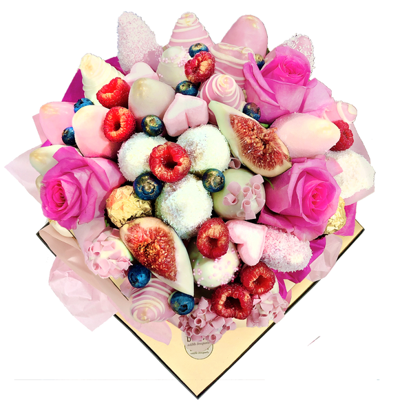 Chocolate Bouquet makes it a perfect Romantic Gift, Engagement Present, Baby Shower Gift, or Mother's Day Gift. Luxury Presentation of Chocolate dipped and decorated fresh strawberries