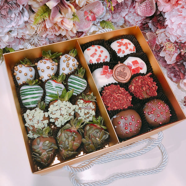 Christmas chocolate strawberries & donuts gift box