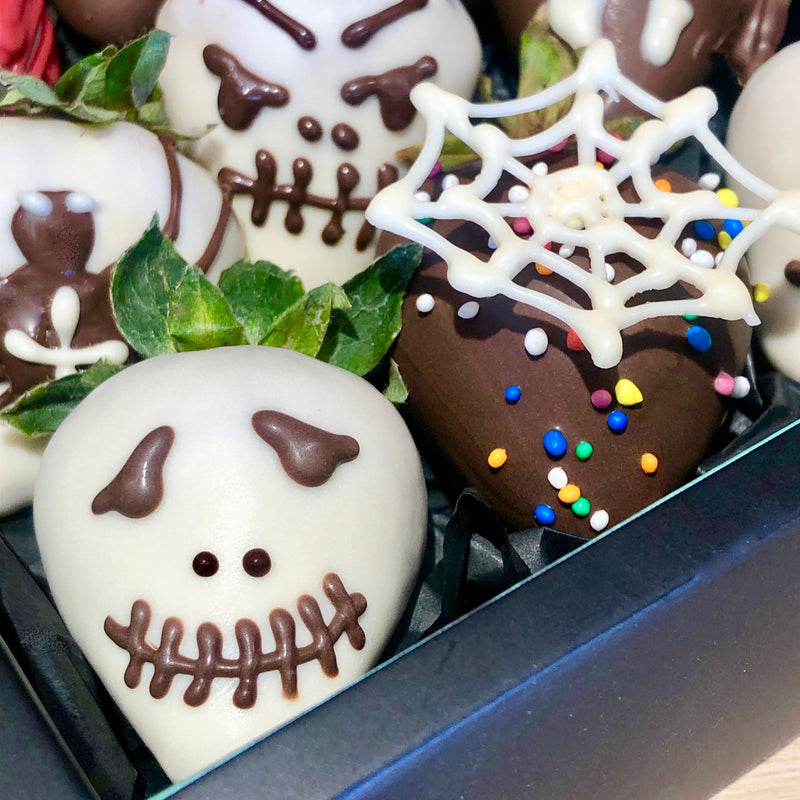 halloween-chocolate-dipped-strawberries
