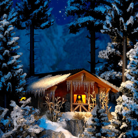 Busch HO Wintry Wood Cottage w/Interior Illumination Kit