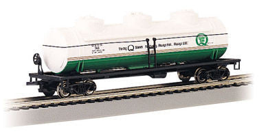 Bachmann HO 40' Three Dome Tank Car, Quaker State