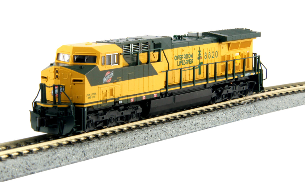 Kato N GE AC4400CW w/DCC - Chicago & North Western #8820 (Yellow, Green)