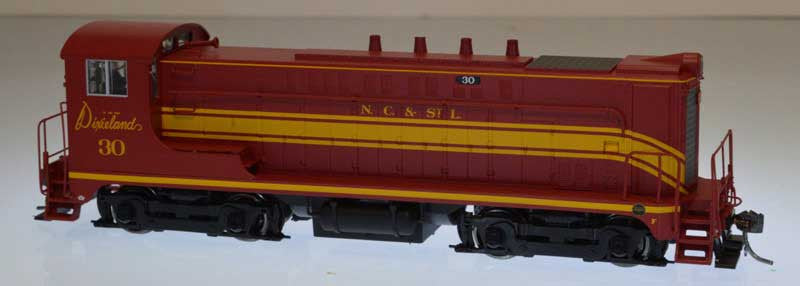 Bowser Trains HO Baldwin VO-1000 w/LokSound & DCC - Nashville, Chattanooga & St. Louis #33 (Maroon, Yellow)