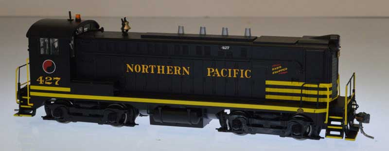 Bowser Trains HO Baldwin VO-1000 w/LokSound & DCC - Northern Pacific #427 (Black, Yellow)
