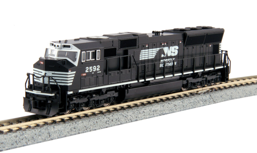 Kato N EMD SD70M w/Flared Radiators w/DCC - Norfolk Southern #2592 (Black, White, Horse Head Logo)