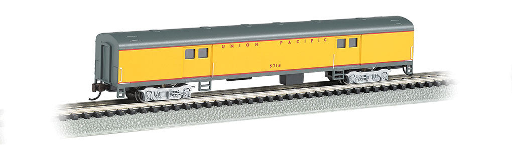 Bachmann N 72' Smooth Side Baggage Car, Union Pacific® (Armour Yellow, Gray, Red)