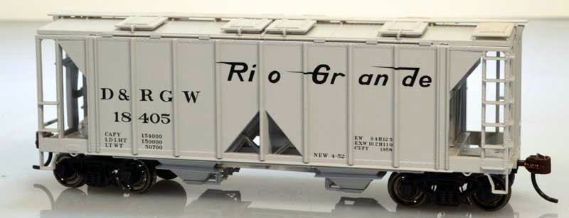 Bowser Trains HO 70-Ton Covered Hopper w/Open Sides - Denver & Rio Grande Western #18405 (Gray, Flying Grande Logo) Kit