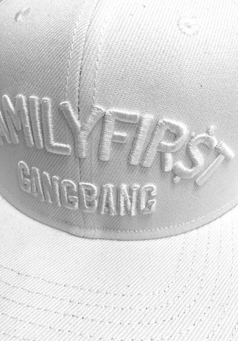Snapback Family First Gangbang White