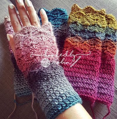 Fantail Shell Stitch Fingerless Gloves Free Crochet Pattern