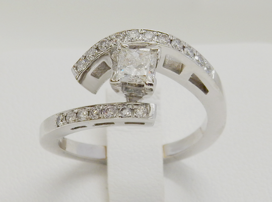 DbJ Custom Princess Engagement Ring - Design by Jesse