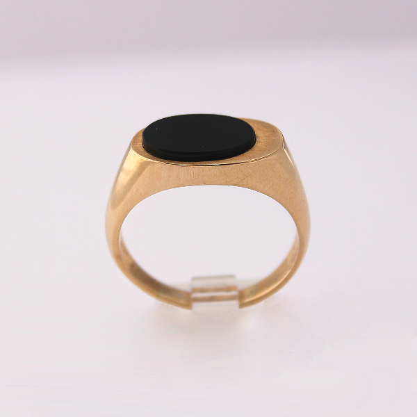 Oval Onyx - Design by Jesse