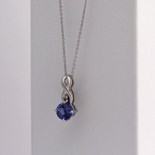 14kt White Gold Teardrop Tanzanite Pendant 1