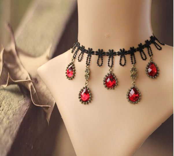 Elegant Red Diamond Gothic Choker / Necklace - Ohmykitty Online Store