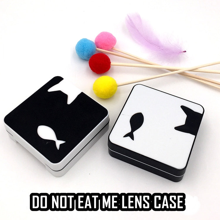Do Not Eat Me Lens Case (Black & White) - Ohmykitty Online Store