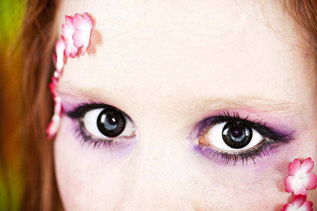 dolly-black-contact-lens.jpg