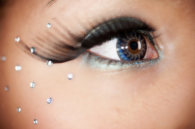 glamour-blue-contact-lens.jpg