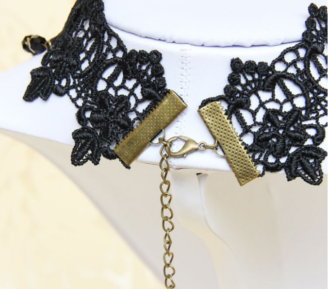 black-rose-gothic-collar-choker-6.png
