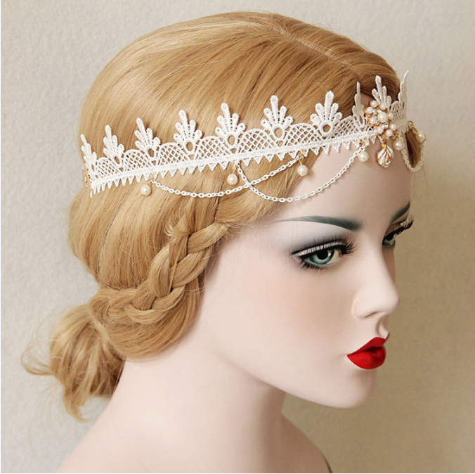 white-pearl-bridal-hair-accessories-2.png