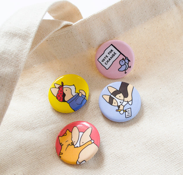 all four buttons on a tote bag