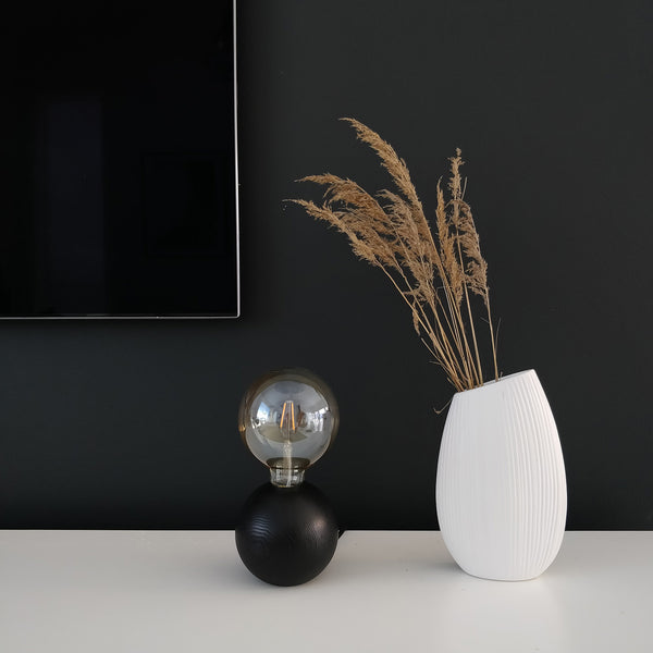 QUU tablelamp black
