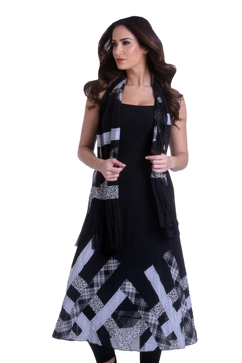 Pattern Maxi Dress W/ Scarf
