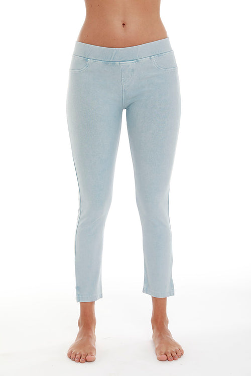 French Kyss Low Rise Capri