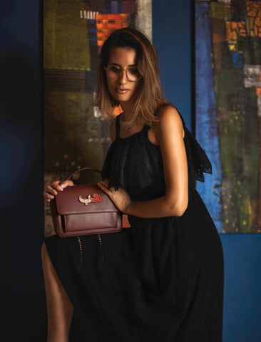 """Bordeaux One Hole Handbag"" with Free Saudi Emblem Brooch"