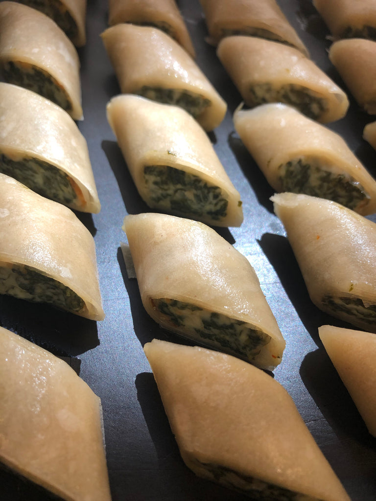 Melt-in-your-Mouth Bite Sized Spinach Rolls