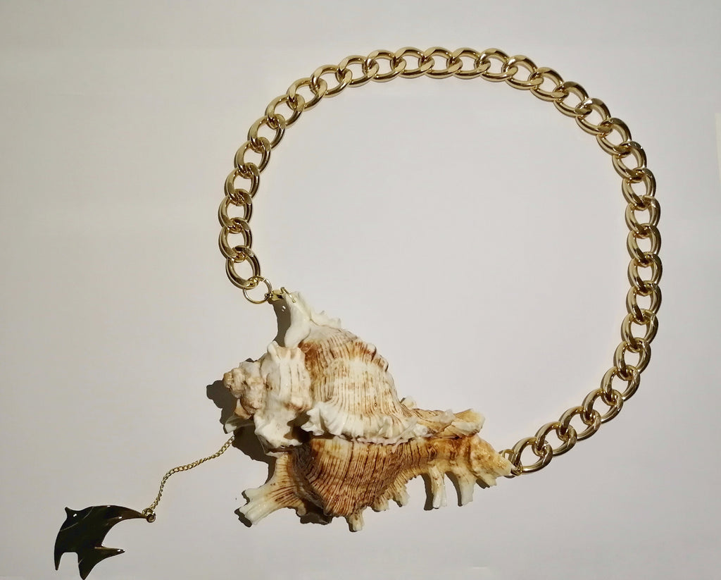 Large Brown Seashells Necklace