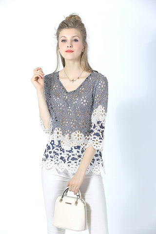 3/4 Sleeve V Neck Lace Printed Blouse with Solid Border