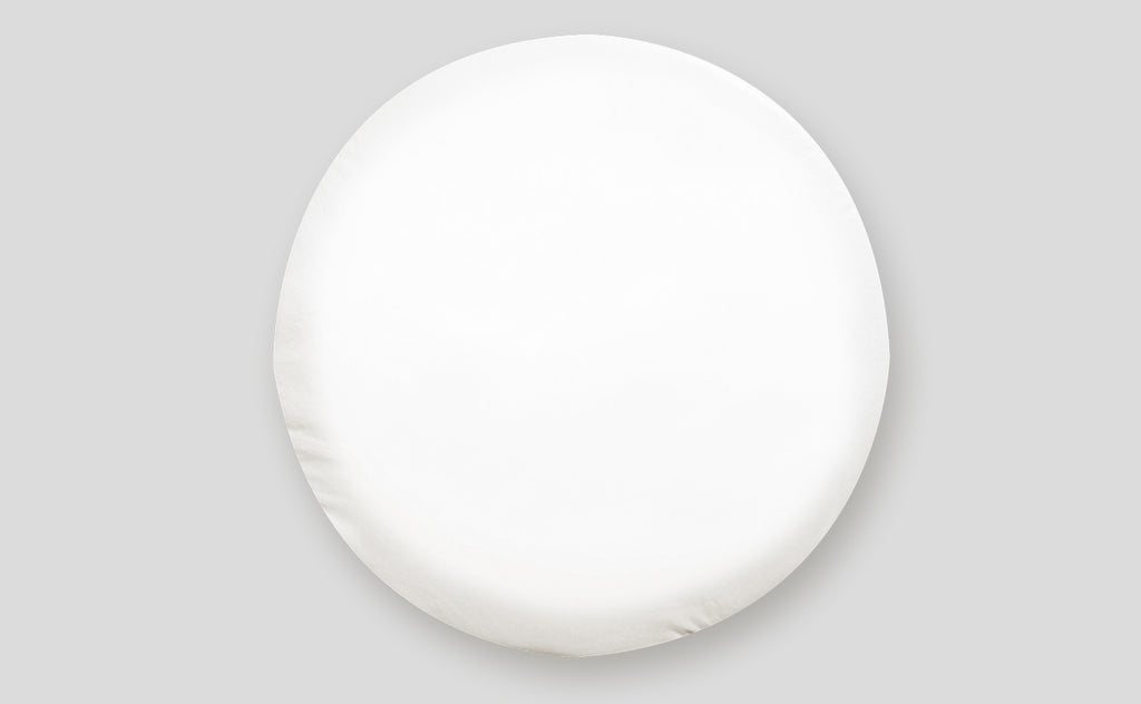 "Tire Cover - ""I"" - Polar White - 28"""