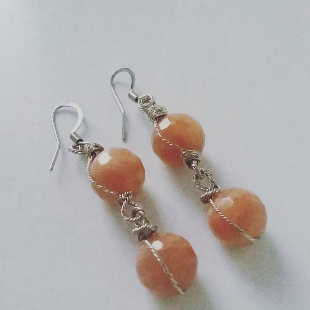 Faceted Quartz Earrings (Sand)