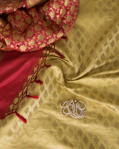 Banarasee Satin Brocade Silk Fabric 156