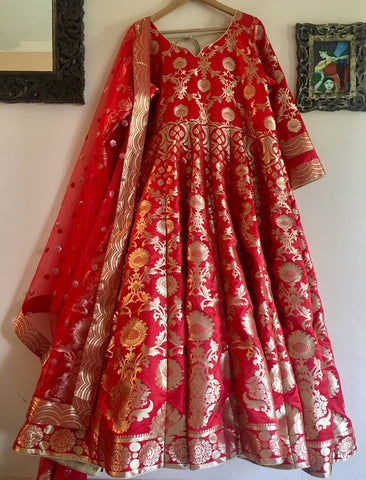 Banarasee Silk Anarkali 06