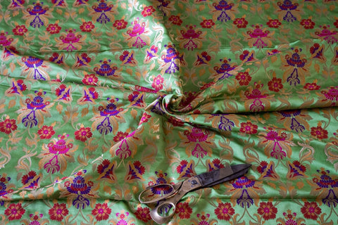 Banarasee Kimkhab Fabric with Dupatta Borders 133- Pre-Cut Fabric of 2.5 metres