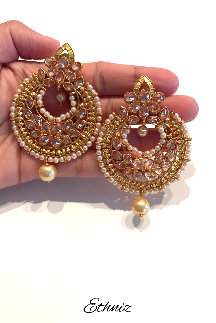 Kundan Earrings round Shape with moti lining