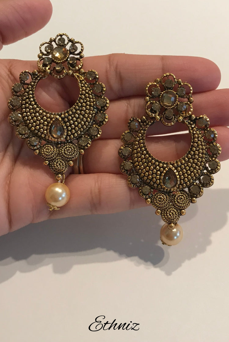 Bronze Earring with self color stone