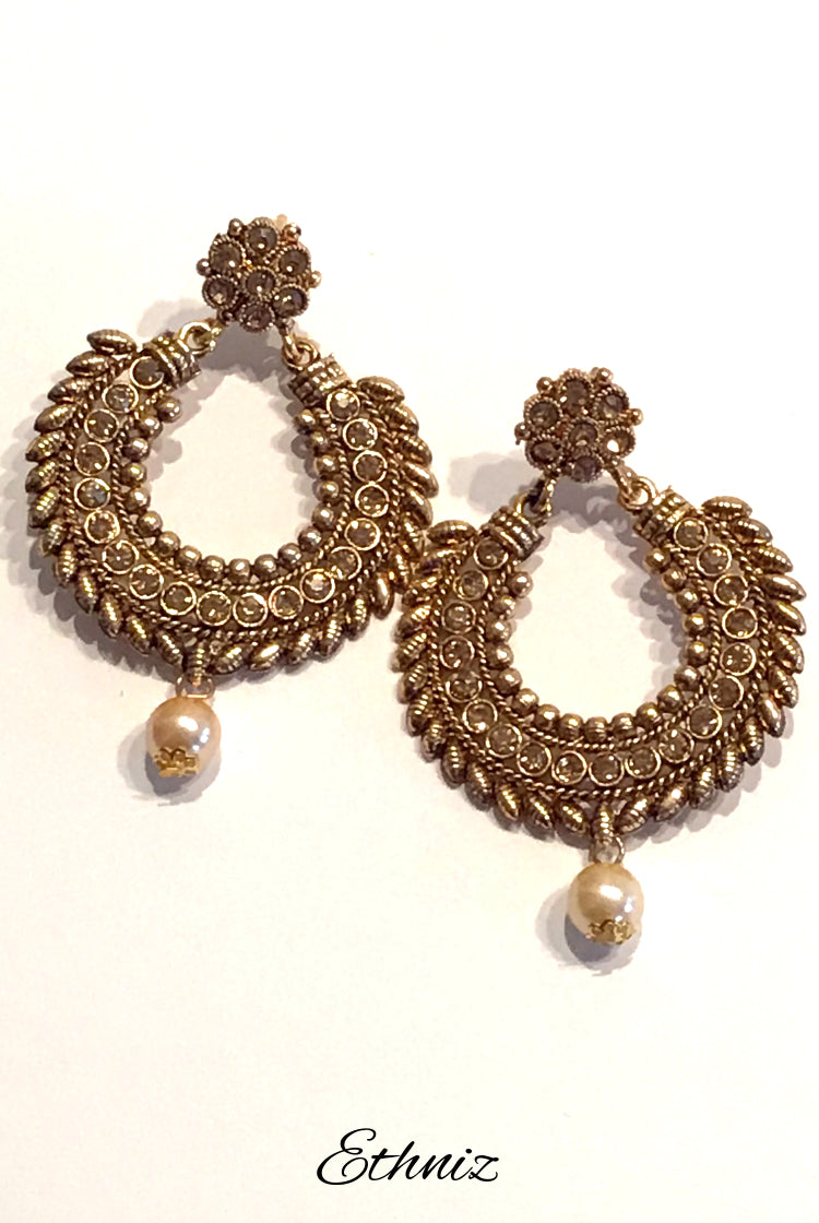 Gold Polish Round Earring with Self Stone Work