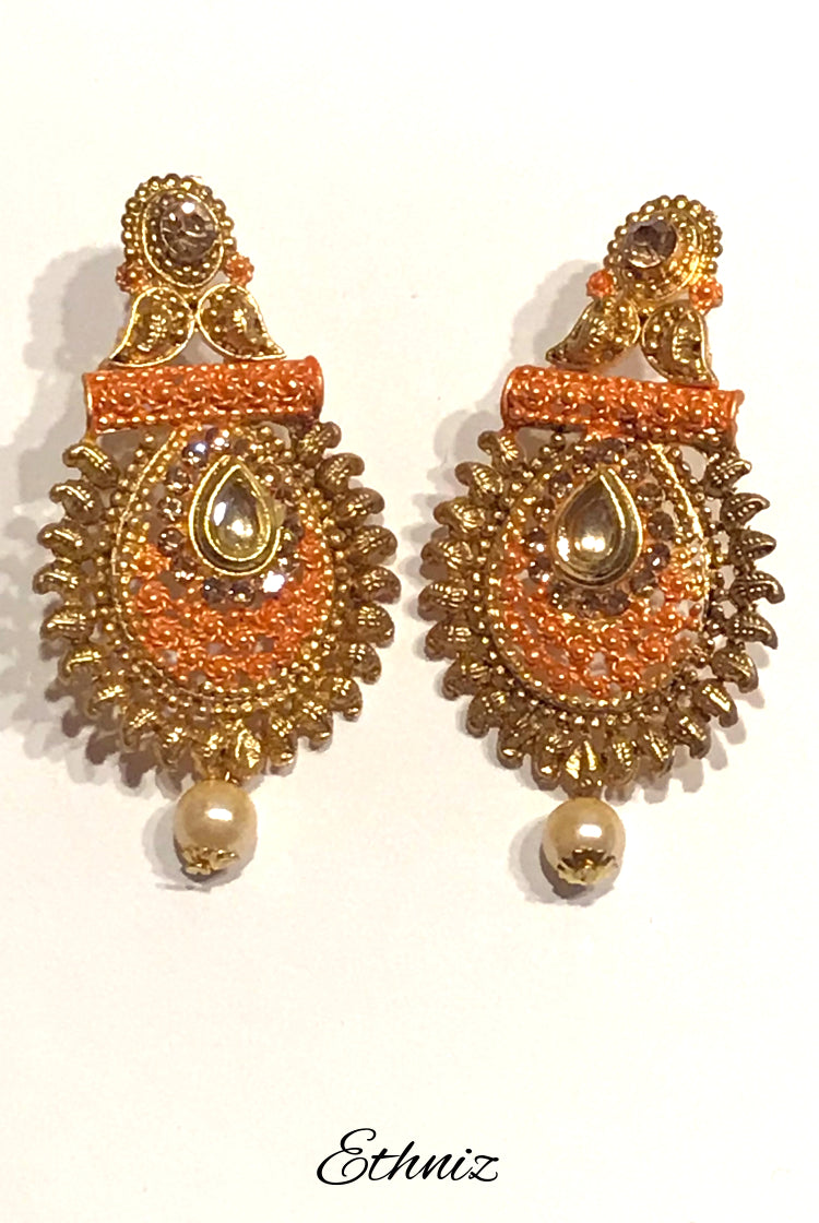 Metallic Earring with Orange & Henna Polish