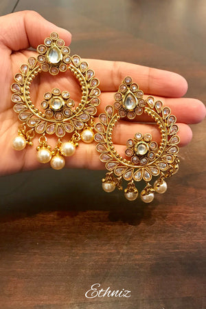 White Stone Earring with Pearl 007
