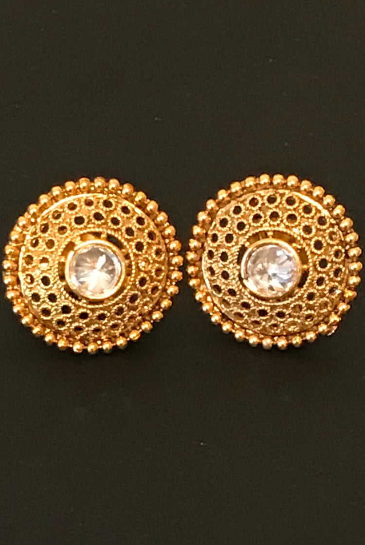 Traditional Kundan Round Stud earring