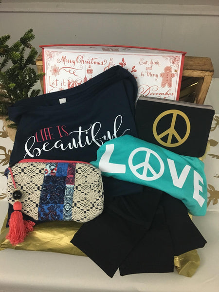 Think Outside the Box-  With an Avadi Gift Box- Holiday Gift Ideas for her!