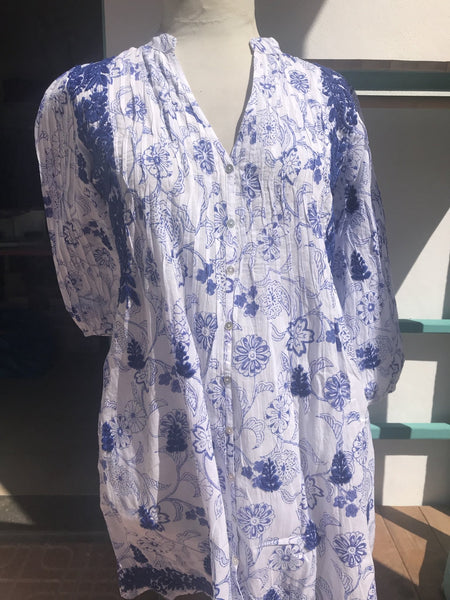 Brazilian blouse in heaven blue and white with hand embroidery -  AUROBELLE  IBIZA