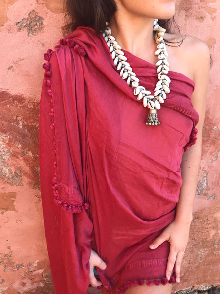 Boho sea shell  neck lace with silver tribal  jewelry heariecr