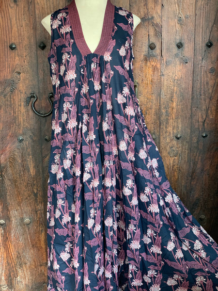 Paam maxi dress in navy blue flower print