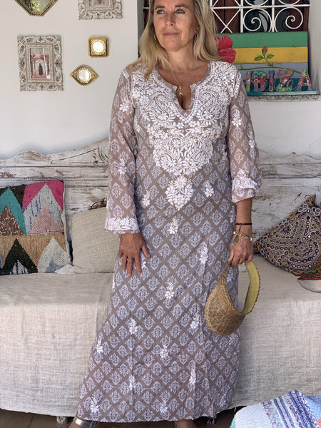 Maxi tunica in muslin cotton with hand embroidery -  AUROBELLE  IBIZA