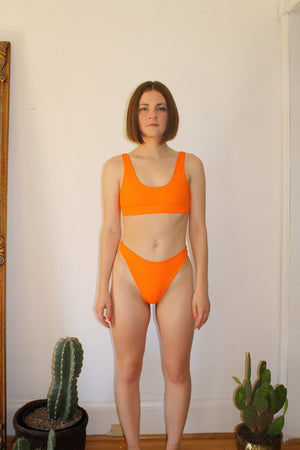 The Coretta // Sport Bra Top - Orange