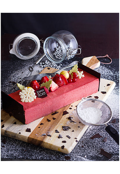 KOKUHAKU™ Black Cherry Log Cake 1kg